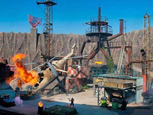 Filmpark Babelsberg: Die Stuntshow im Vulkan