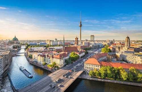 Shutterstock: view over Berlin with the TV Tower