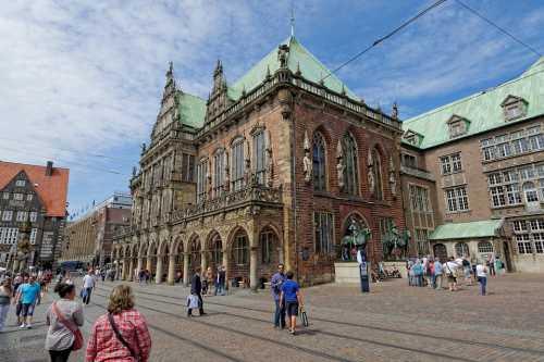 pixabay.com: town hall Bremen