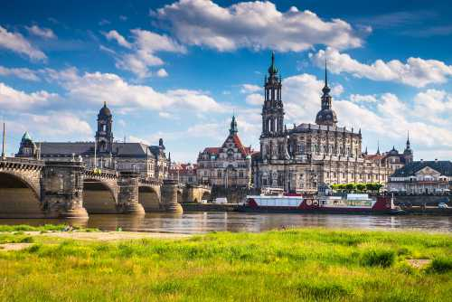 Shutterstock: Dresden city view