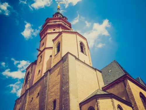 Shutterstock: Leipzig Nikolaikirche