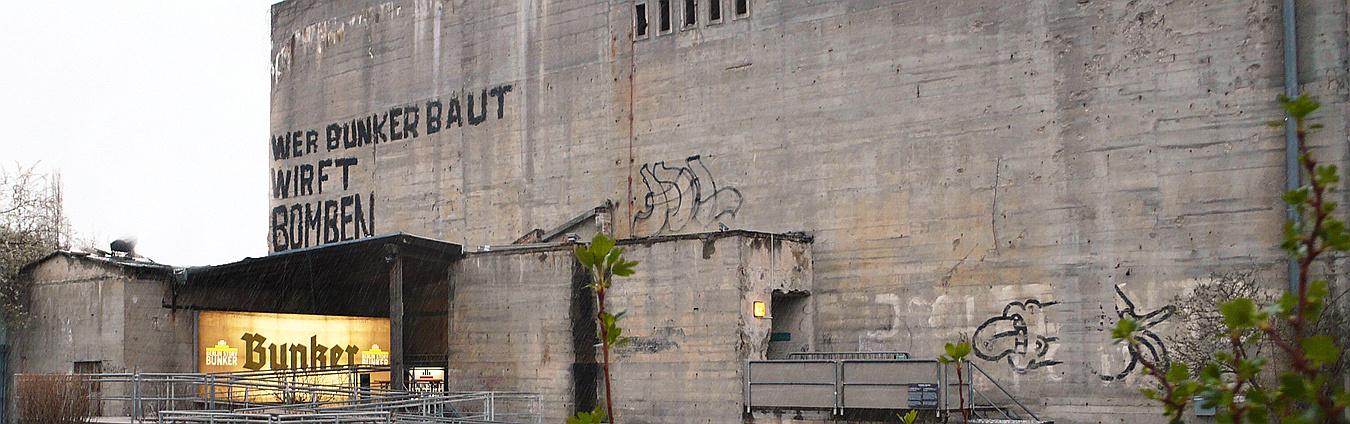 Ideal für Gruppenaktivitäten und Gruppenangebote in Berlin: Berlin Story Bunker: Aussenansicht