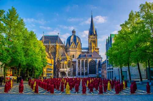 Aachen Chathedral with art installation